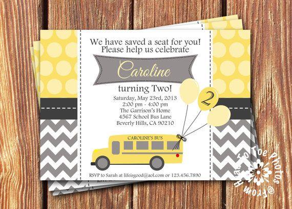 Invitaciones de cumpleaños de autobús por FromHeadtoToeDesigns