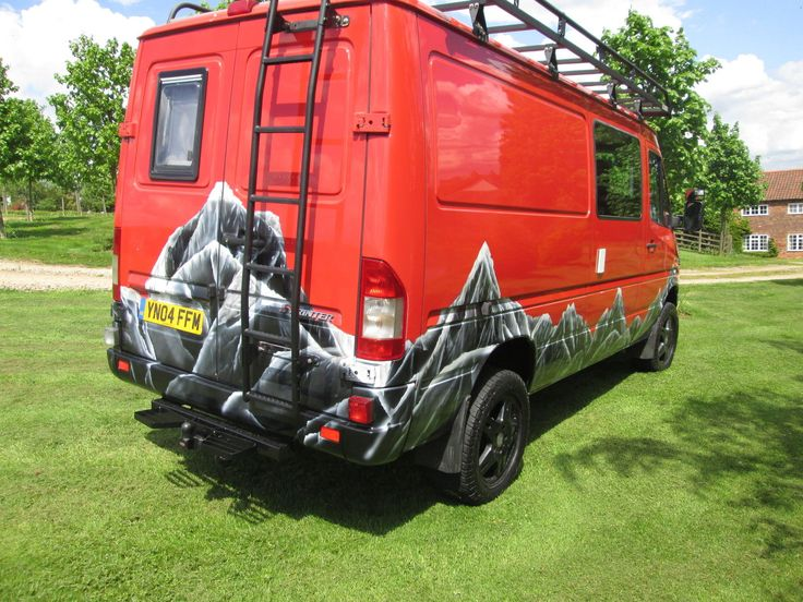 17 best ideas about mercedes sprinter 4x4 on pinterest sprinter van mercedes sprinter camper. Black Bedroom Furniture Sets. Home Design Ideas