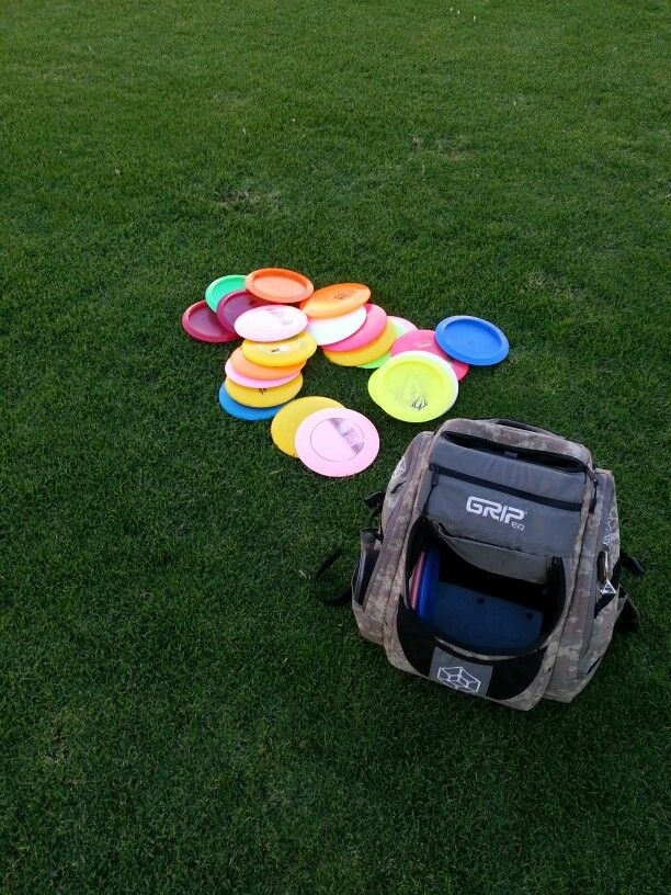 Disc golf practice! Got everything I need with my grip bag and innova discs