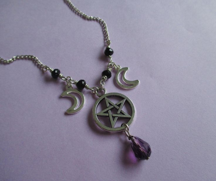 pastel+goth+pentagram+and+moon+necklace+nu+goth+by+OfStarsAndWine,+€14.00
