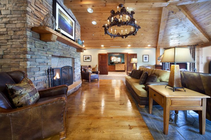 The Rustic Lobby At Holiday Inn Club Vacations Smoky