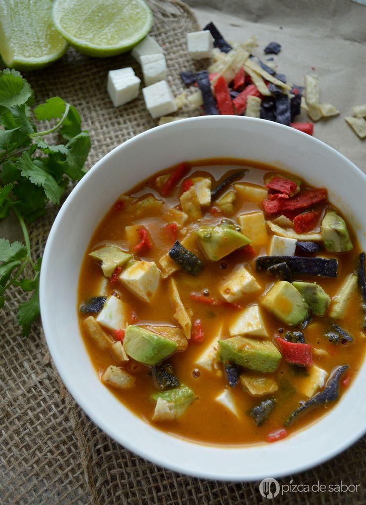 Cómo hacer sopa de tortilla www.pizcadesabor.com