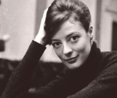 young Maggie Smith. you're welcome, world.