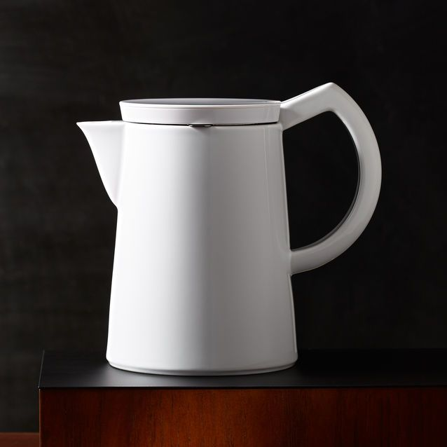 A soft brew system featuring a ceramic body and stainless steel microfilter for easy brewing and cleaning.