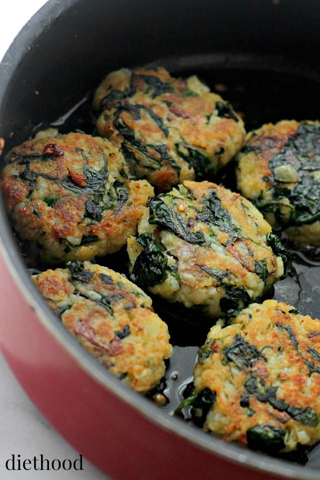 Spinach and Garlic Potato Patties   www.diethood.com   Delicious and flavorful Patties made with a mixture of potatoes, spinach and garlic.