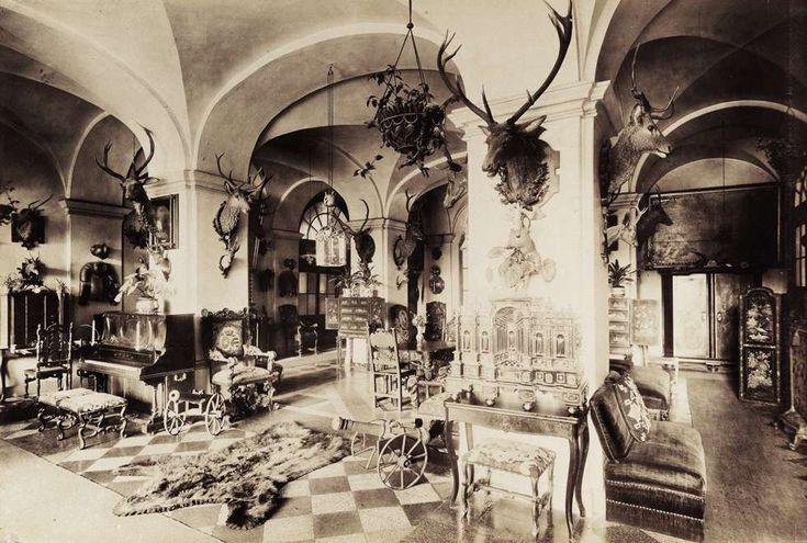 Zichy-Meskó-kastély. A felvétel 1895-1899 között készült. A kép forrását kérjük így adja meg: Fortepan / Budapest Főváros Levéltára. Levéltári jelzet: HU.BFL.XV.19.d.1.13.048