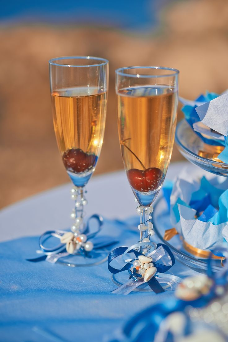 Glass decoration ideas - Removable Glass Decoration For Seaside Wedding Https Www Facebook Com
