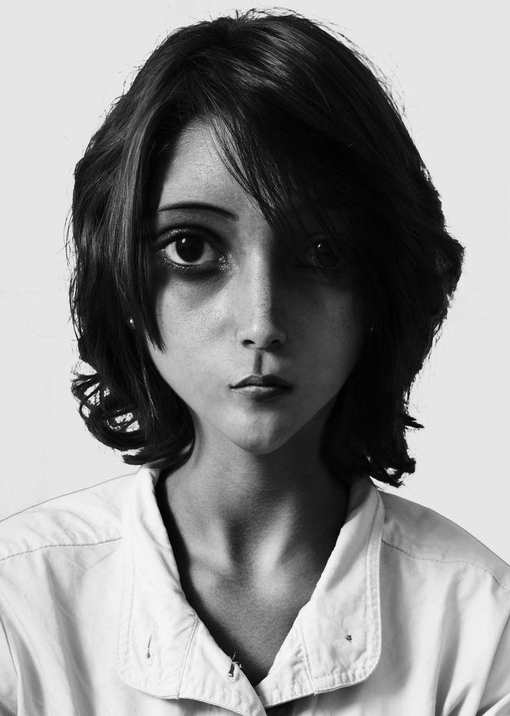 Modificación facial (Photoshop) Fotografía + PSD