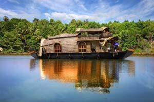 BEAUTIFUL KERALA: - Book tour package to Kerala with BigBreaks.com, Enjoy holiday packages to Kerala at best rates and quality services.