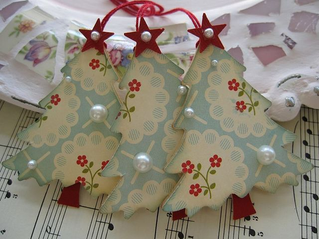 Shabby many ideas to make pretty Christmas paper saplings - The Italian blog on the Shabby Chic and beyond