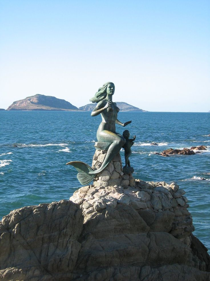 Mermaid Statue, Mazatlan, Mexico