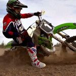 Kawasaki KX500 2-Stroke VS KX450F 4-Stroke - VIDEO - Dirt Rider Magazine