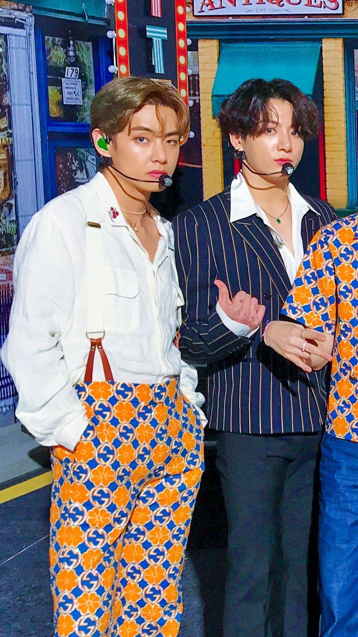 Pin de Park Jimin 13 🍓 em BTS || 방탄소년단 em 2020 | Fotos ...
