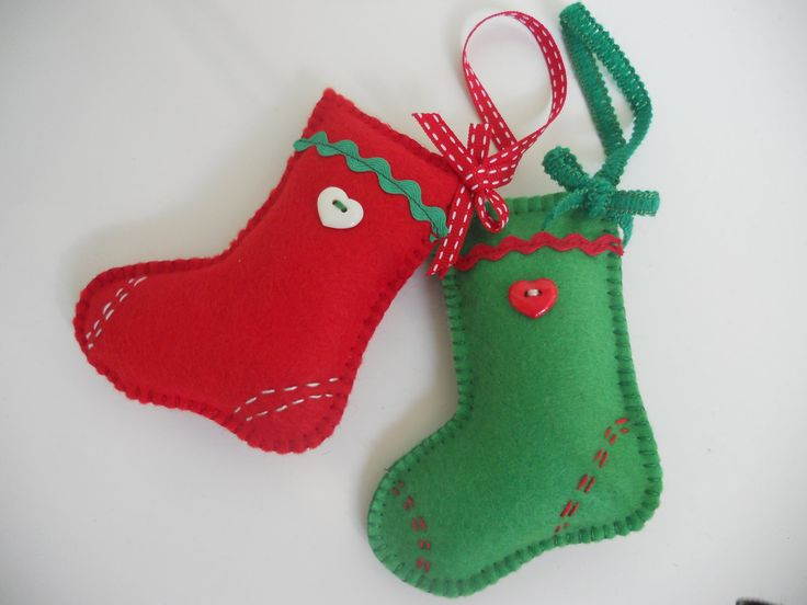 921 best images about navidad on pinterest stockings - Adornos navidenos en fieltro ...
