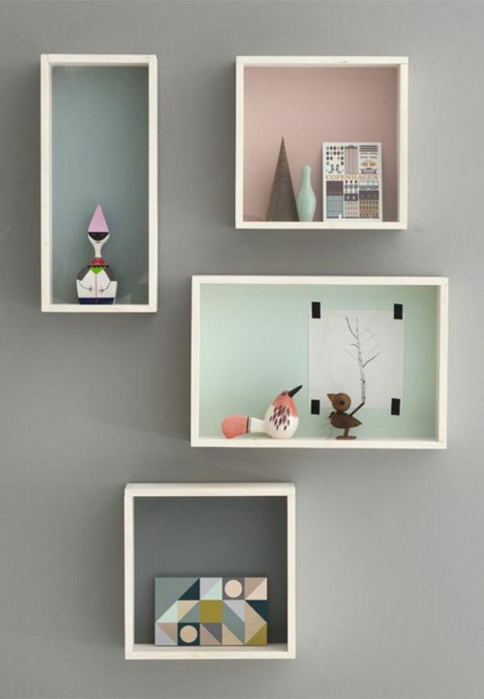 cube de rangement en bois, mur gris, idée créative. décoration murale, comment la faire