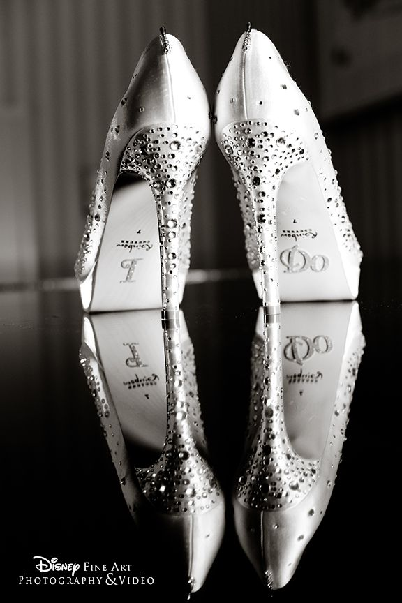 White and Gold Wedding Shoes. Sparkly Glitter Heels. Bride Shoes. We love the artful reflection that shows off those rhinestones– twice! #wedding #shoes #jewels