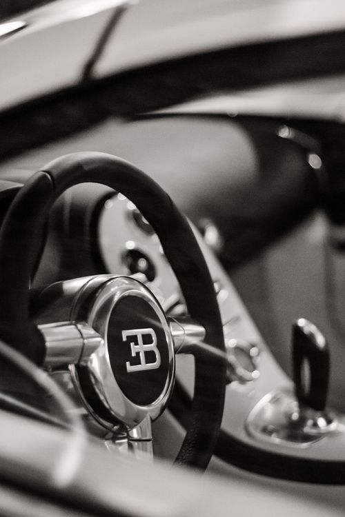 Bugatti Veyron interior #petrolified