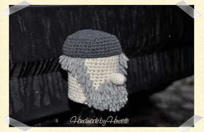 Man tow ball cover, crochet