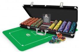Pack Studson Poker Royal 500 jetons + Tapis Studson vert - Pokeo.fr - Pack de poker incluant 1 Mallette de poker Studson Poker Royal 500 jetons en PP 11,5g +Tapis de poker Studson 125x60cm en néoprène, de couleur verte.