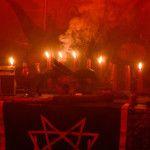 Przez wieki ludzie ginęli przez oskarżenia o oddawanie czci Diabłu. Jednak Satanizm to współczesna filozofia religijna. Co więcej, sataniści nie porywają dzieci, ani nie składają zwierząt w ofierze. Nawet nie patrzą na Szatana w teistyczny sposób, ponieważ daleko im do teologii chrześcijańskiej, nie wierzą też w Boga. Więc czym jest Satanizm? Kim jest Szatan? Współczesny […]