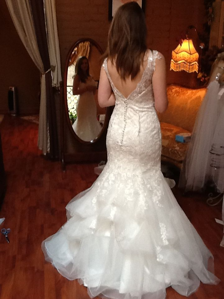 181 best Wedding Gown Bustle Styles images on Pinterest | Bustle ...