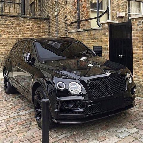 25+ Best Ideas about Bentley Suv on Pinterest | Bently car ...