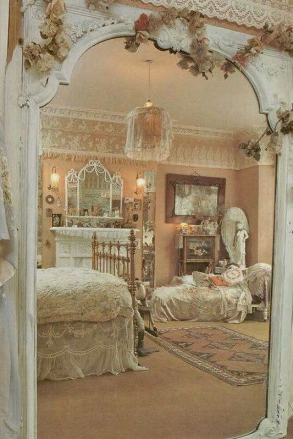 29 Beautiful Shabby Chic Style Bedroom Designs You Can Do Yourself For Your Cabin Shabby Chic Decor Bedroom Chic Bedroom Decor Shabby Chic Romantic Bedroom