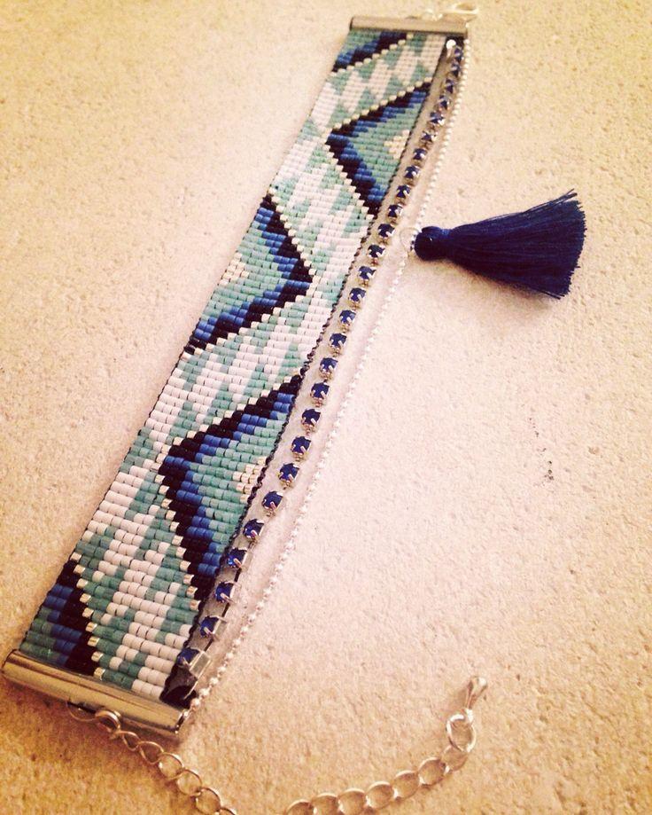 Bracelet manchette en perles miyuki chaîne strass bleu et chaîne à billes…