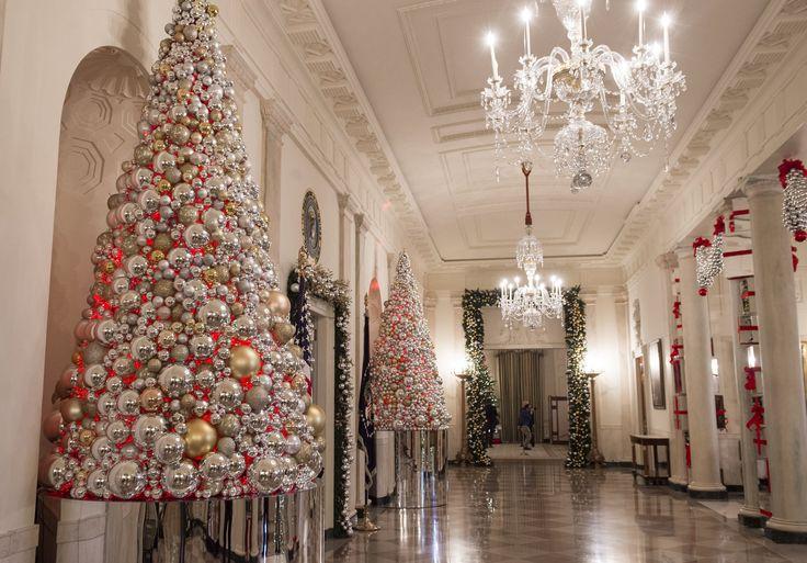 Мишель Обама в последний раз украсила Белый дом к Рождеству • НОВОСТИ В ФОТОГРАФИЯХ