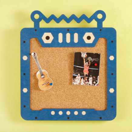 Robot surround for Bulletin board