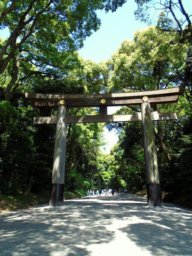 Visiting Meiji shrine