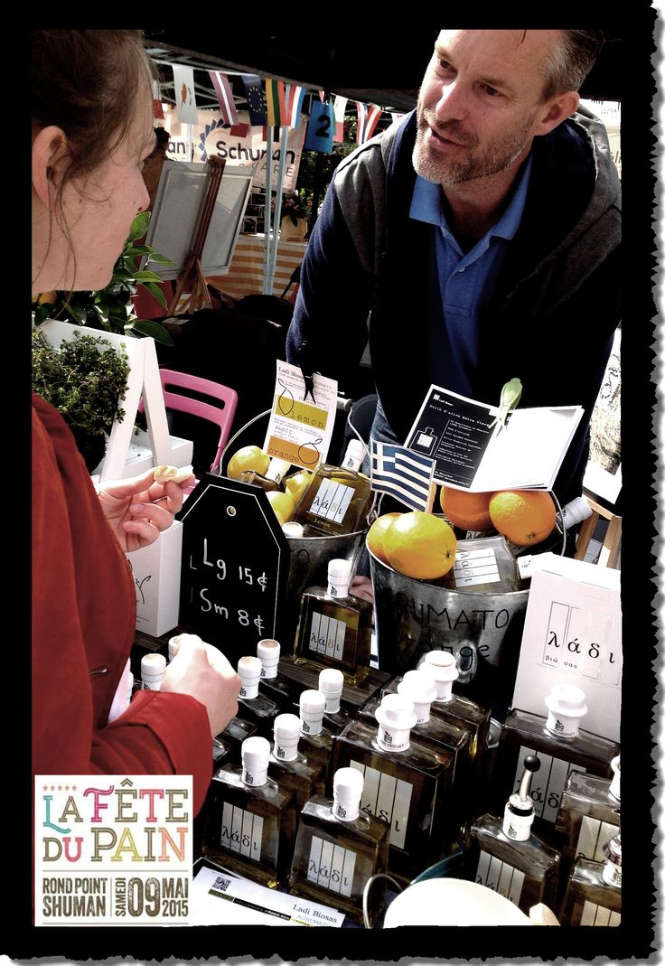 """Ladi Biosas-λάδι βιώσας celebrated the 65th anniversary of the Schuman Declaration at the festival """" FETE DU PAIN"""", 09 May, 2015. Thousands of people from Brussels and around the world had the chance to discover new gastronomic treasures from Greece. Also all the people had the chance to discover the institutions that affects their daily lives such as the European Parliament."""