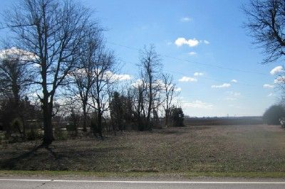 Build your dream home on Highway U, South side , just west of Caruthersville,MO City limits. This half acre m/l lot has high elevation level. County water , electric, and natural gas is available. Lot size is 100 x 220. Mls2026. Listing agent Monica Smith.