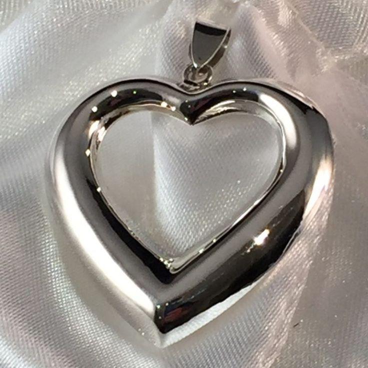 convexed-sterling-silver-gorgeous-heart-outline-pendant-4