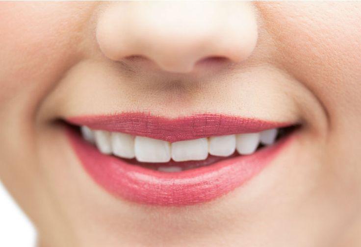 Perawatan Bibir Merah Muda dengan Minyak Kelapa