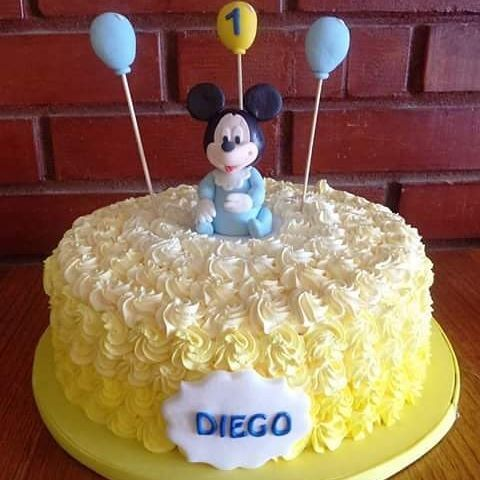 #Mickey #cream #cake by Volován Productos  #instacake #Chile #puq #VolovanProductos #Cakes #Cakestagram #SweetCake