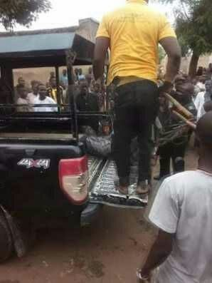 This bizarre incident happened in Rimin Kebe in Marikita Ward in Ungogo local govt area of Kano state yesterday.  The police has apprehended the suspect while the remains of the deceased has been deposited at a morgue in the state...  http://ift.tt/2u7q9V1 news