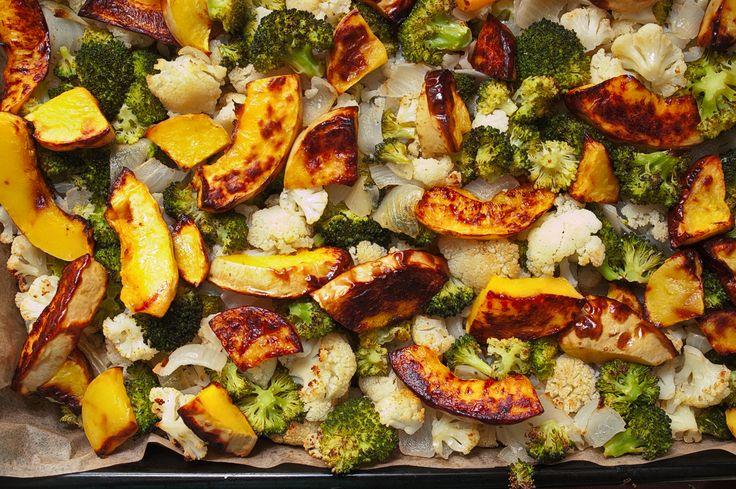 Pieczone warzywa - dynia piżmowa z kalafiorem i brokułem to ciepłe, odżywcze i sycące danie. Proste w przygotowaniu, ale jakże smaczne!