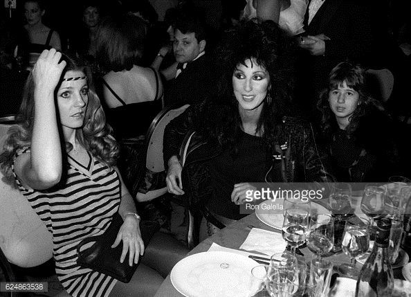 georganne-lapiere-cher-and-chastity-bono-attend-night-of-100-stars-picture-id624863538 (594×429)1982