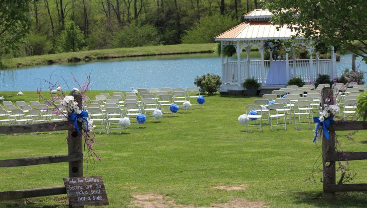 Twin Cedar Farm, Condon wedding. Gorgeous venue!!