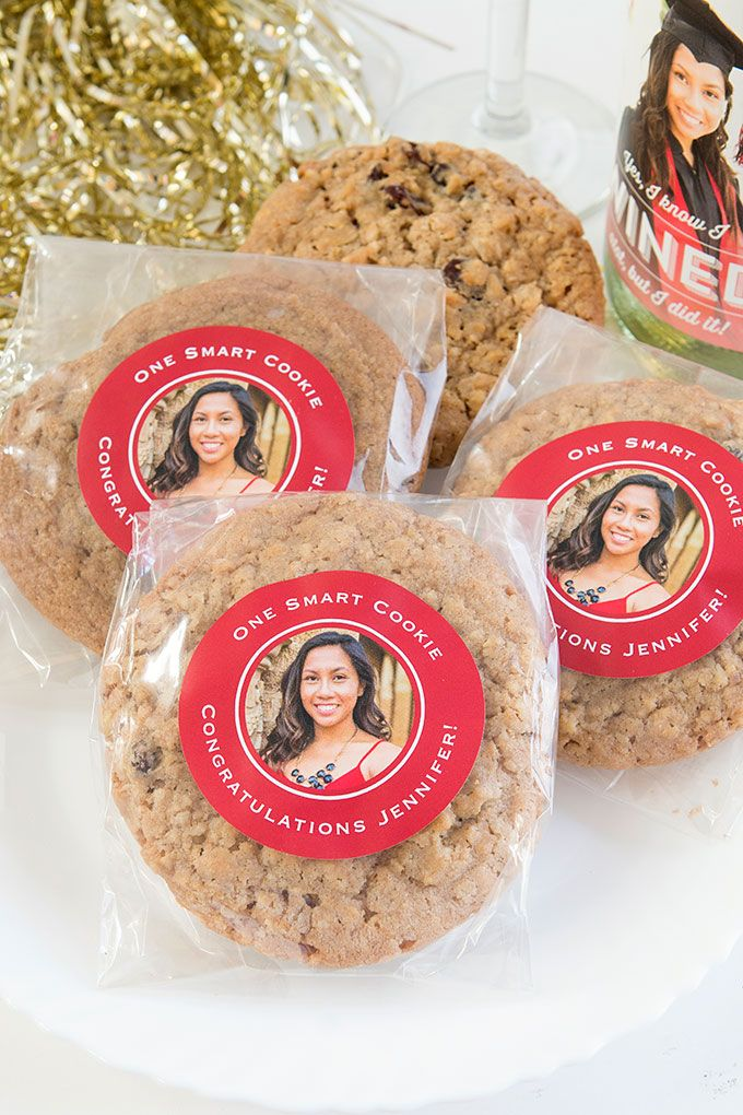 """""""One Smart Cookie"""" Easy & Cheap Graduation Favors"""