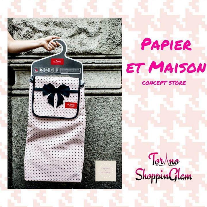 """Ora i carrelli della spesa hanno un tocco #glamour. Da Papier et Maison ne hanno di tutti i tipi! Si perché oltre alla struttura potete sbizzarrirvi con i """"vestiti"""" di ogni fantasia firmati Les Artistes - Paris ... http://ift.tt/2b299U4  #shopping #torino #conceptstore"""