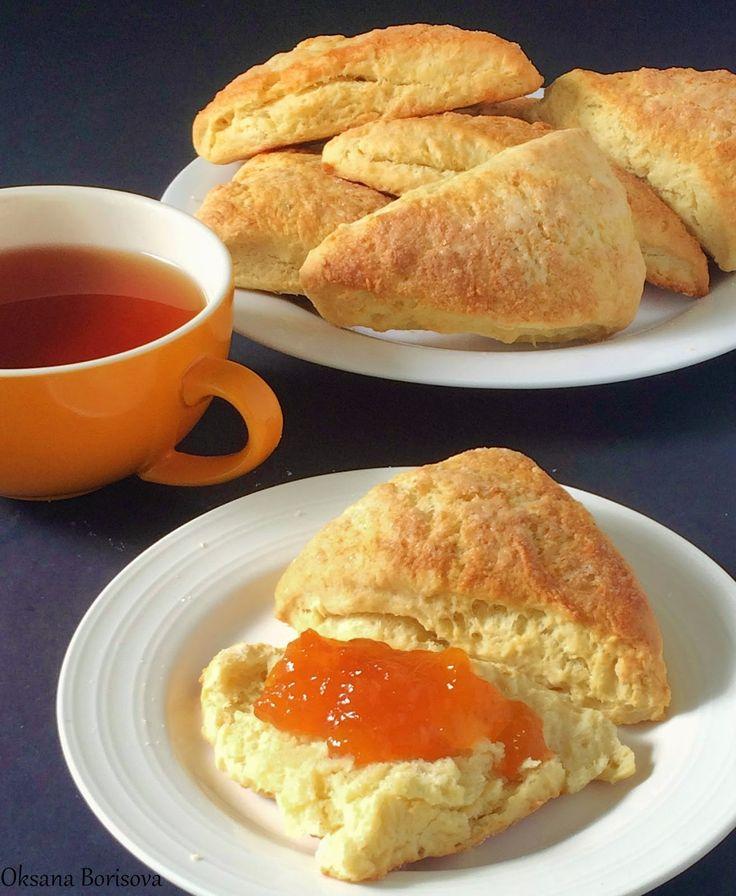 Необыкновенно вкусные, мягкие булочки-сконы к завтраку. Рекомендую!   2 1/2 стакана муки  2 ст.л. сахара  2 1/2 ч.л. разрыхлителя  1/2 ...