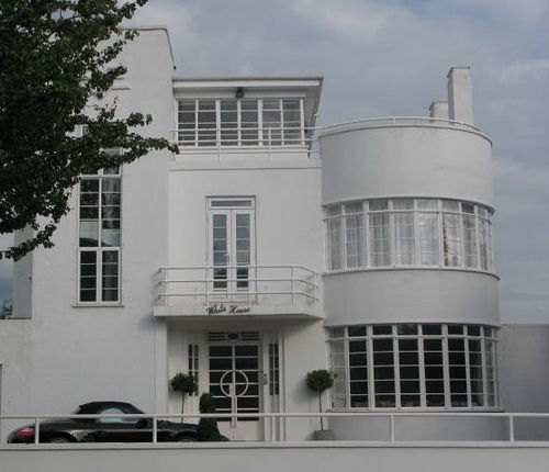 Warren House Estate Art Deco Homes Stanmore The White House Hendon