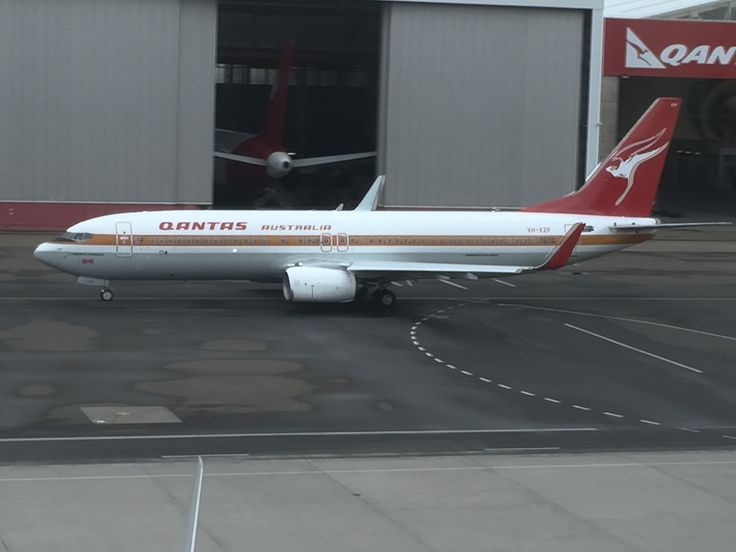 Another view of QANTAS' 75th B737-800 affectionately known as the 'Retro Roo' at my old stamping grounds; Sydney Airport.