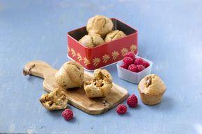 Grove muffins med brunost er perfekt turmat. De erkjempegode matmuffins med osten innbakt i deigen med havregryn, grov og fin sammalt hvete og yoghurt.