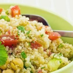 salada de quinoa e chia - foto Getty Images                                                                                                                                                                                 Mais