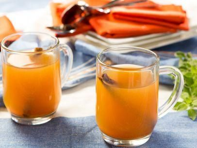 "Hot Mulled Cider (Comfort Food Cocktail Party) - Patricia Heaton, ""Patricia Heaton Parties"" on the Food Network."