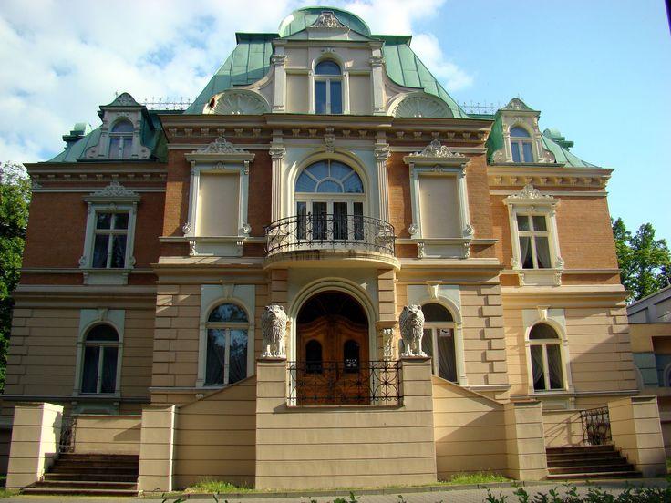 Pałacyk Hantkego obecnie Młodzieżowy Dom Kultury