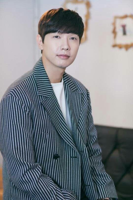 #interviewsession #photoshoot #latepost #JiHyunWoo #지현우 #BadThiefGoodThief #MBCDrama